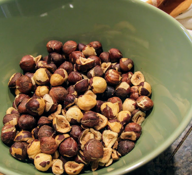 how to roast and skin hazelnuts